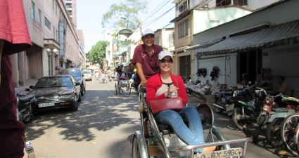 cyclo-tour-saigon-con-signora-thanh-van